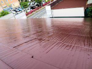 事務所屋根上塗り 赤アップ