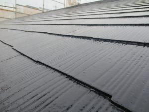 事務所屋根上塗り 黒アップ